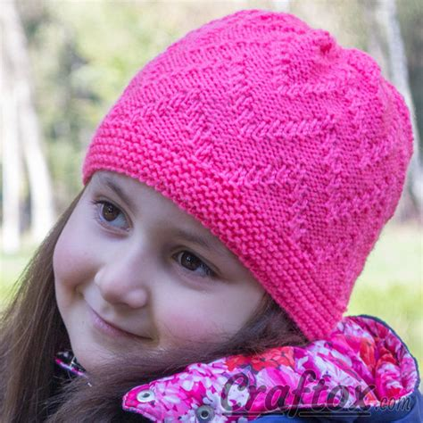 zig zag knit hat pattern quot zigzag quot beanie quick and simple free zig zag hat