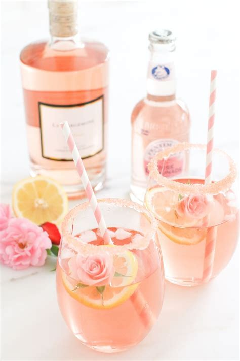 Bridal shower drink idea   Rosé cocktail {Courtesy of