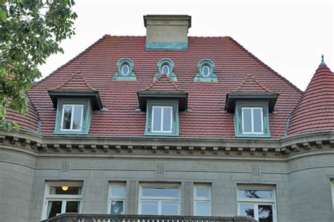 haunted houses in oregon find real haunted houses in portland oregon the pittock mansion museum in portland