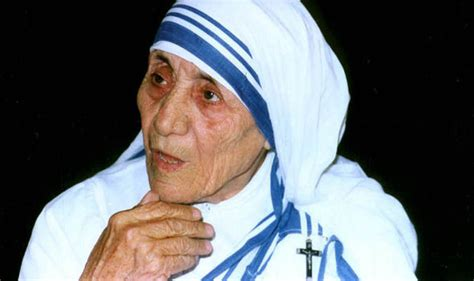 biography of mother teresa in bengali mother teresa to be made a saint by pope francis world