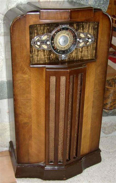 Cabinet D étude De Marché by Vintage Radio Museum Antique Radios Wireless