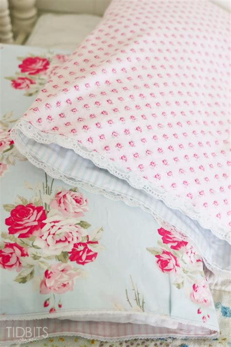 Decorating Pillowcases For by 35 Diy Pillowcases You Need In Your Bedroom Today Diy