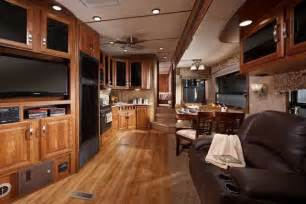 Front living room fifth wheel toy hauler home design ideas