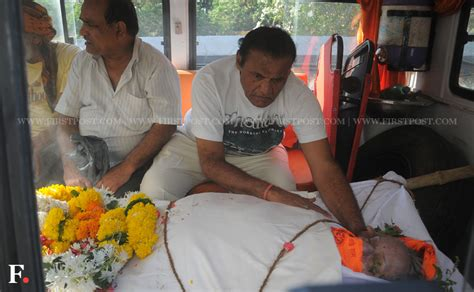 film actress nanda funeral images yesteryear actors friends and family bid farewell