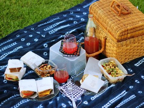 Picnic Date by Summer Picnic Date Outdoor Meal Inspiration