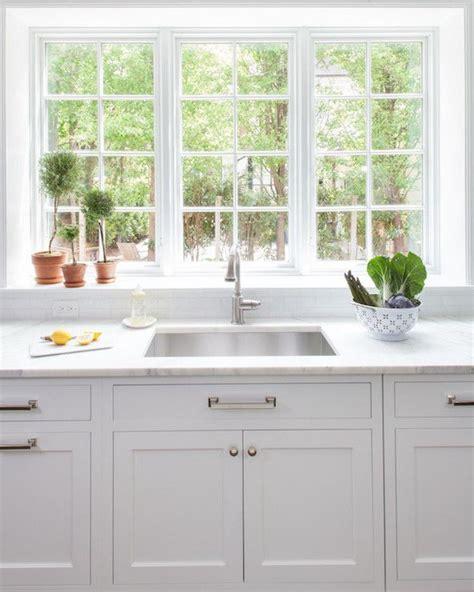 kitchen window sink 25 best ideas about window ledge on kitchen