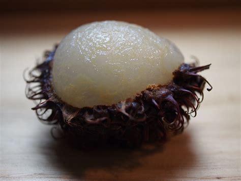 lychee fruit inside frutas ex 243 ticas el lichi ya la carambola takeachef com