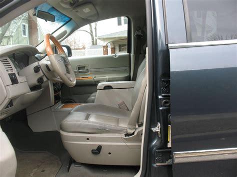 Chrysler Aspen Interior by 2007 Chrysler Aspen Pictures Cargurus