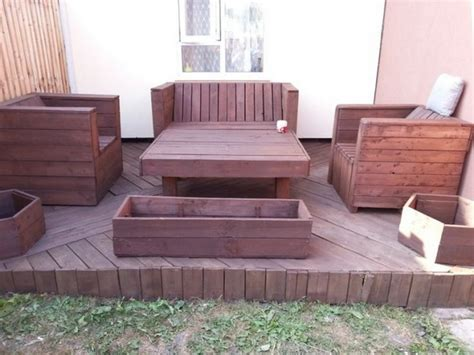 Inexpensive Home Decor Online diy pallet patio decks with furniture pallet wood projects