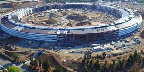 desain gedung apple intip pembangunan kantor raksasa apple yang hir rung