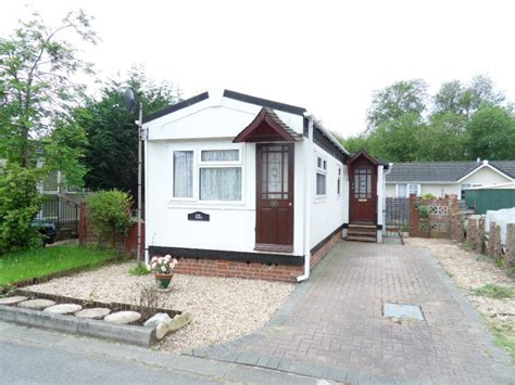 1 Bedroom Manufactured Home by 1 Bedroom Mobile Home For Sale In Mytchett Farm Park