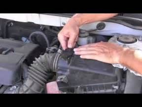 How To Reset Maintenance Light On Toyota Corolla How To Cleaning Mass Airflow Sensor Maf Throttle Body 2004