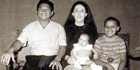 biography jokowi bahasa inggris setibanya di indonesia barack obama diundang jokowi makan
