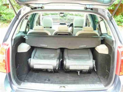 peugeot 307 7 seater for sale peugeot 307 1 6 hdi se sw turbo diesel estate 7 seater