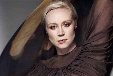 gwendoline christie music video video gwendoline christie on the late show with stephen