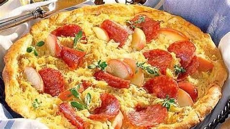 sauerkraut kuchen pikanter sauerkraut kuchen bildderfrau de