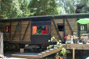 trainieren zu hause repurposed caboose homes a photo gallery of many tiny