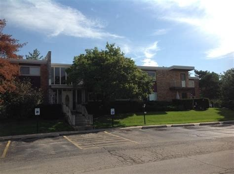 1313 s rd apt 203 lombard il 60148 foreclosed