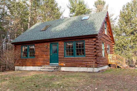 New Hshire Log Cabins by On The Market A Log Cabin In New Hshire