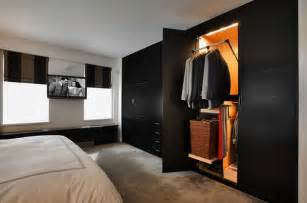 Sliding Wardrobe Doors And Dark Fur Rug Ideas Sliding Wardrobe Doors » Ideas Home Design