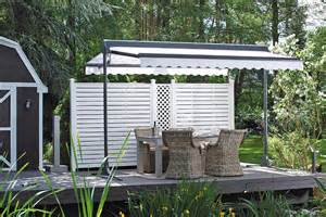 terrassen sonnenschutz gro 223 formatiger sonnenschutz f 252 r die terrasse