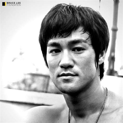 biography about bruce lee 17 best ideas about bruce lee biography on pinterest
