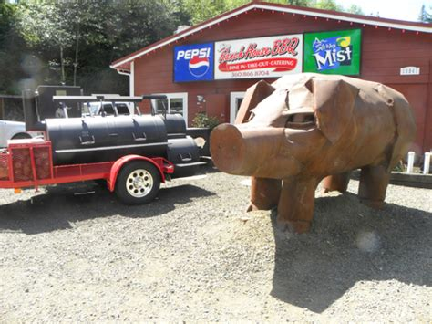 ranch house bbq case of the missing pig polly the pig statue stolen from ranch house bbq and