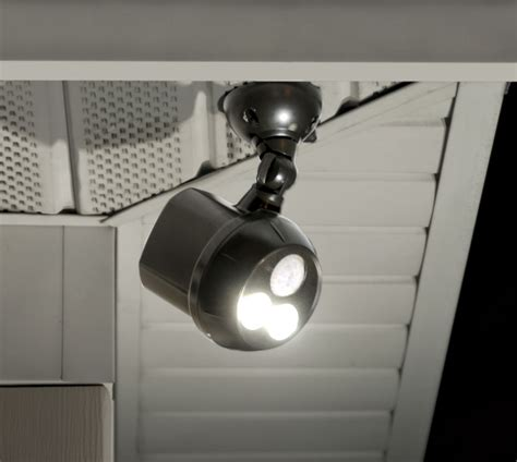 Battery Outdoor Light A Necessity For Any Backyard Or Battery Outdoor Lights