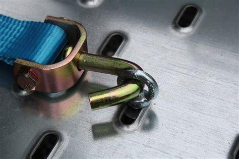 anneau pour sangle de roue sur porte voiture lider anneaux