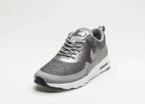 Nike Air Max Thea Günstig by Nike Wmns Air Max Thea Knit Dust Metallic Pewter