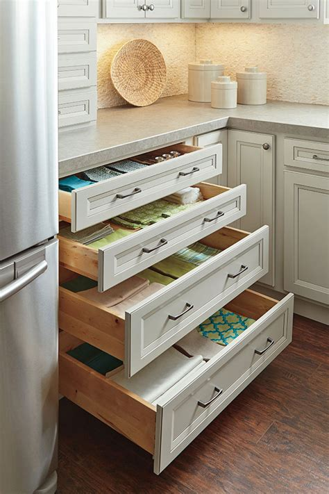 kitchen cabinet interior organizers four drawer base cabinet homecrest cabinetry