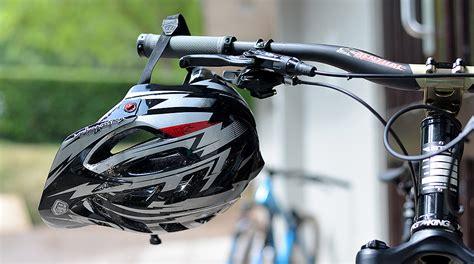 best mountain bike 2014 the best mountain bike helmets 2015 dirt