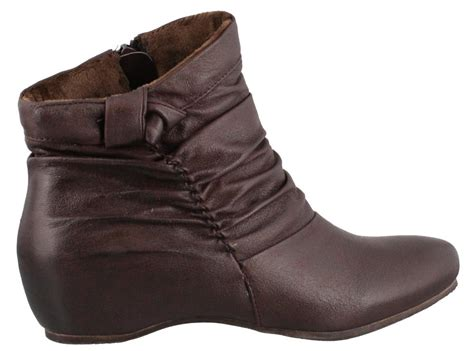 bare traps ankle boots bare traps sakari boot womens ankle boots low heel ebay