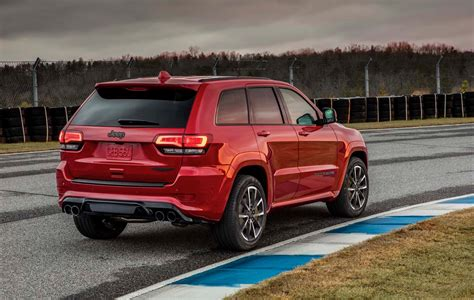 2018 Jeep Grand Cherokee Trackhawk Packs 707 Horsepower