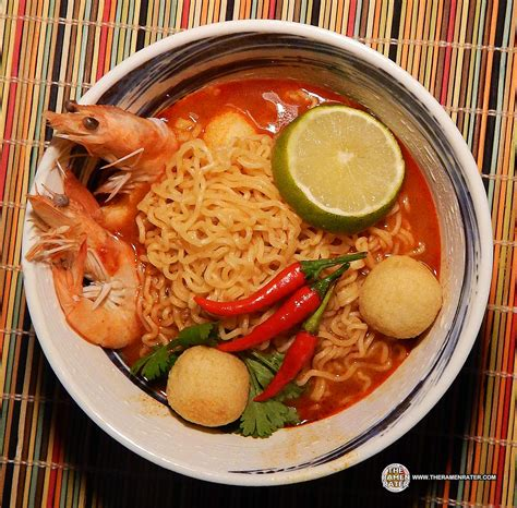 Mie Maggie Tom Yam tom yum flavour with m 202 202