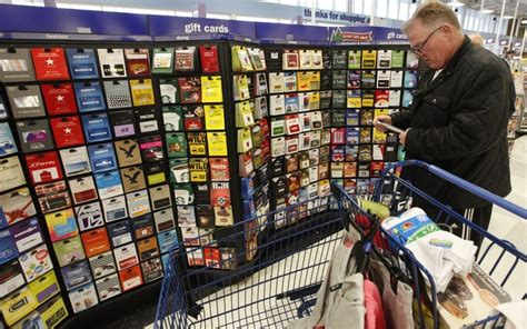 Where To Buy Gift Cards In Stores - store closures make gift cards risky to buy