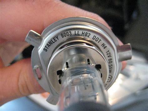 honda crv headlight bulb honda cr v headlight bulbs replacement guide 011