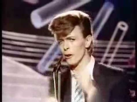 david bowie boys keep swinging david bowie quot boys keep swinging quot youtube