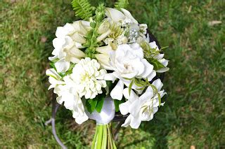 Crop Flower Oc wedding flowers from springwell gardenias for white bouquets