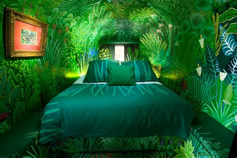 rainforest bedroom old mac daddy trailer suites