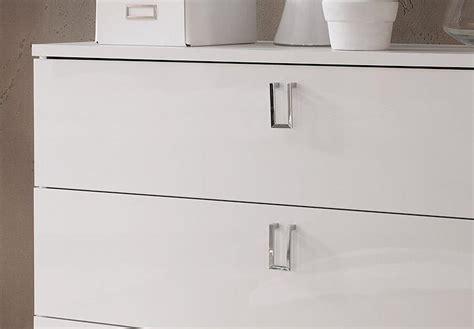 weiße schlafzimmer kommode wandtattoo schlafzimmer