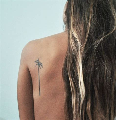 best tattoo placement 25 best ideas about small back tattoos on