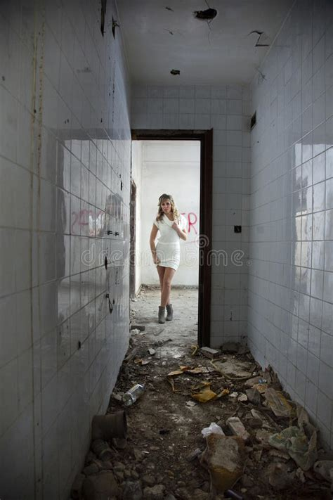 girl  abandoned building stock image image  abandoned