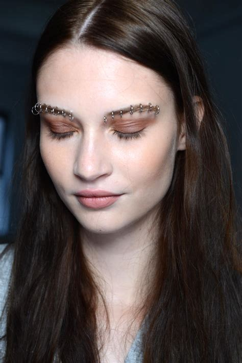 7 Make Up Looks From New York Fashion Week must try makeup looks from new york fashion week more