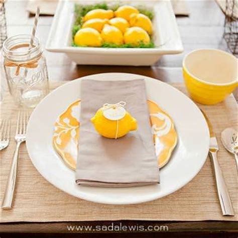 beautiful place settings a beautiful fresh thanksgiving place setting table setting tip junkie