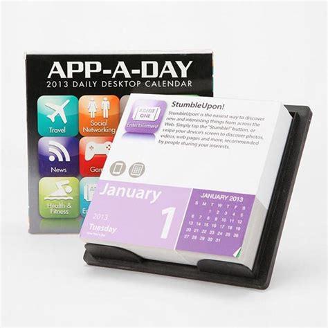 Calendar Htm App A Day Desktop Calendar 2013 Gadgetsin