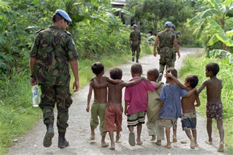 the un at war peace operations in a new era books united nations news centre photo stories un celebrates