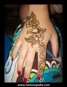 hindu hand tattoos
