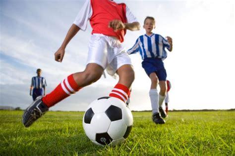 imagenes de mujeres jugando futbol soccer jugar al f 250 tbol hace bien a la salud buena salud