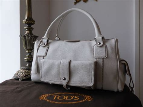 Tods New Bensonville Piccola tod s bensenville piccola boston in white pebbled leather